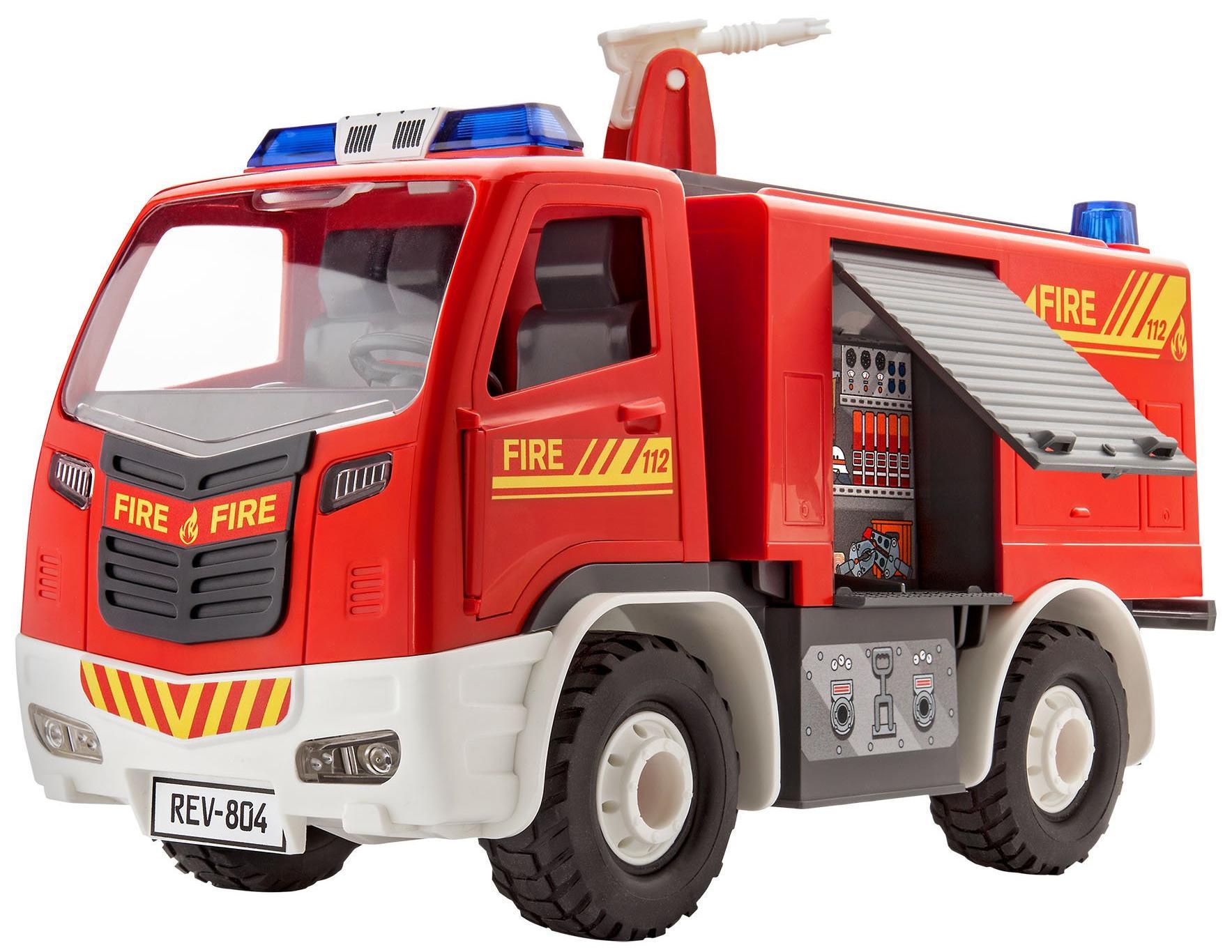 Купить Revell Пожарная машина с фигуркой - модель для сборки, Германия