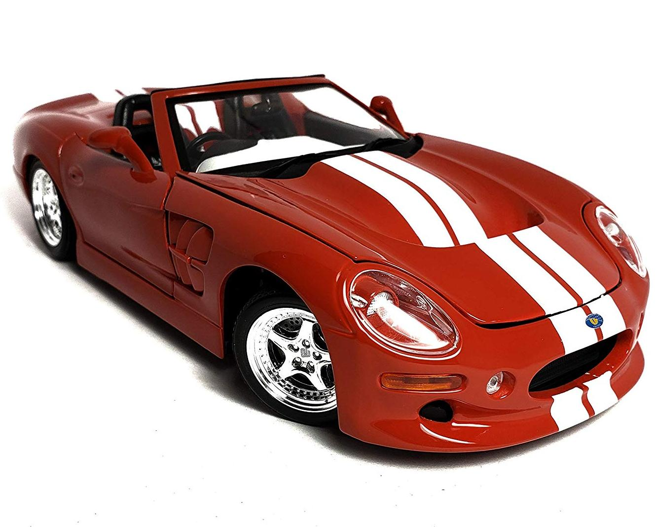 Машинка Maisto 1:18 Shelby Series One 1999 года, красная